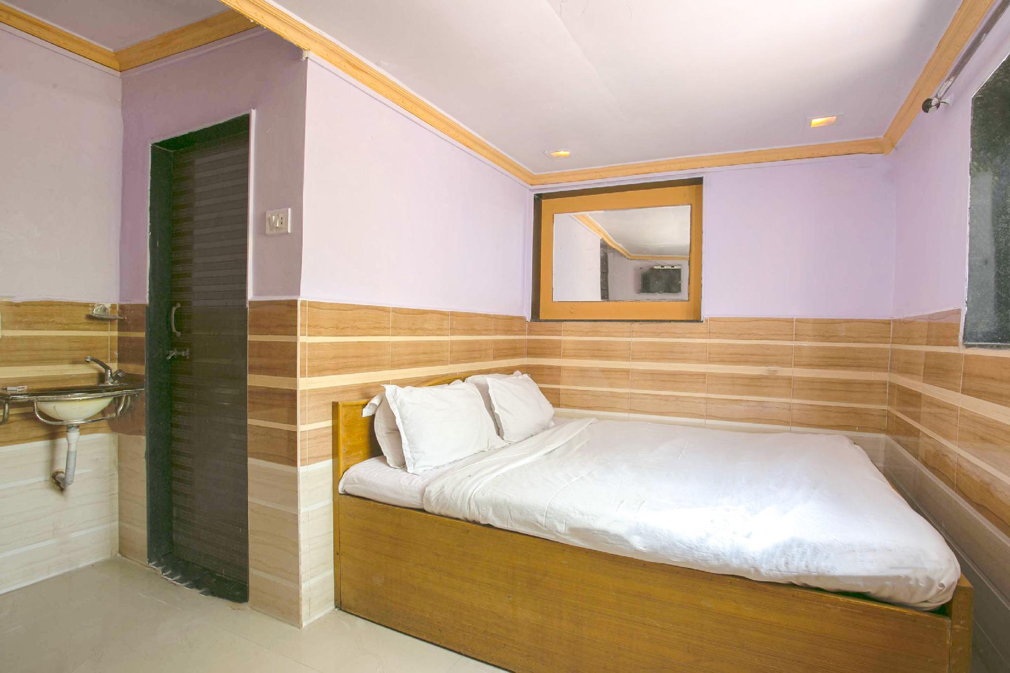 SPOT ON 42398 Hotel Sea Princess, Thane