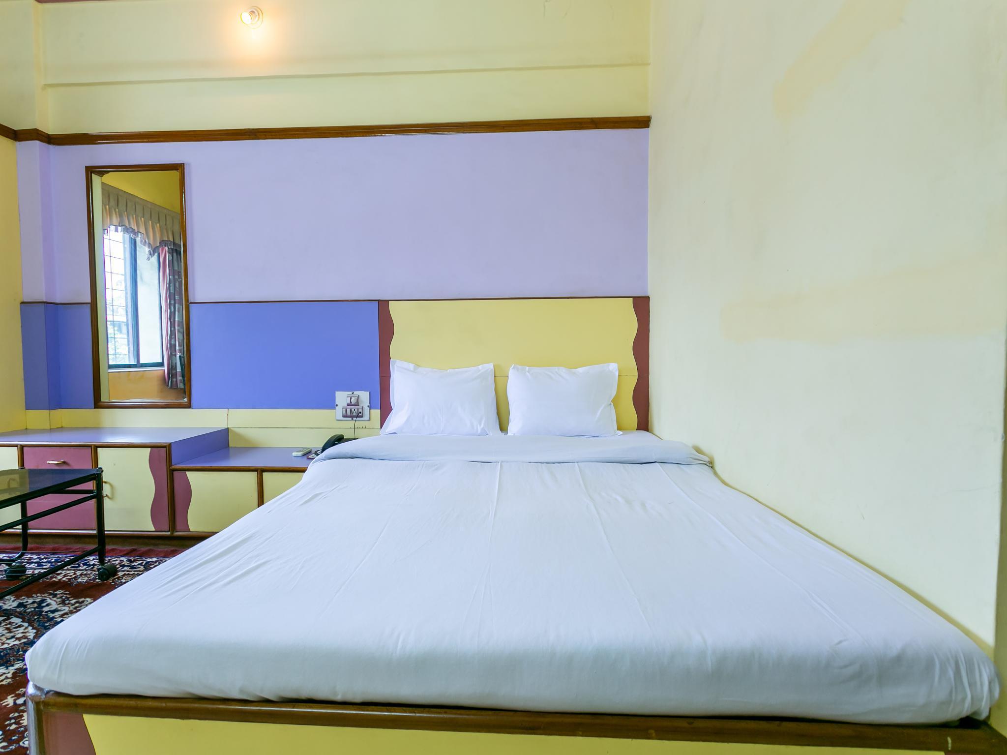 SPOT ON 44051 Hotel Brijratna, Palghar
