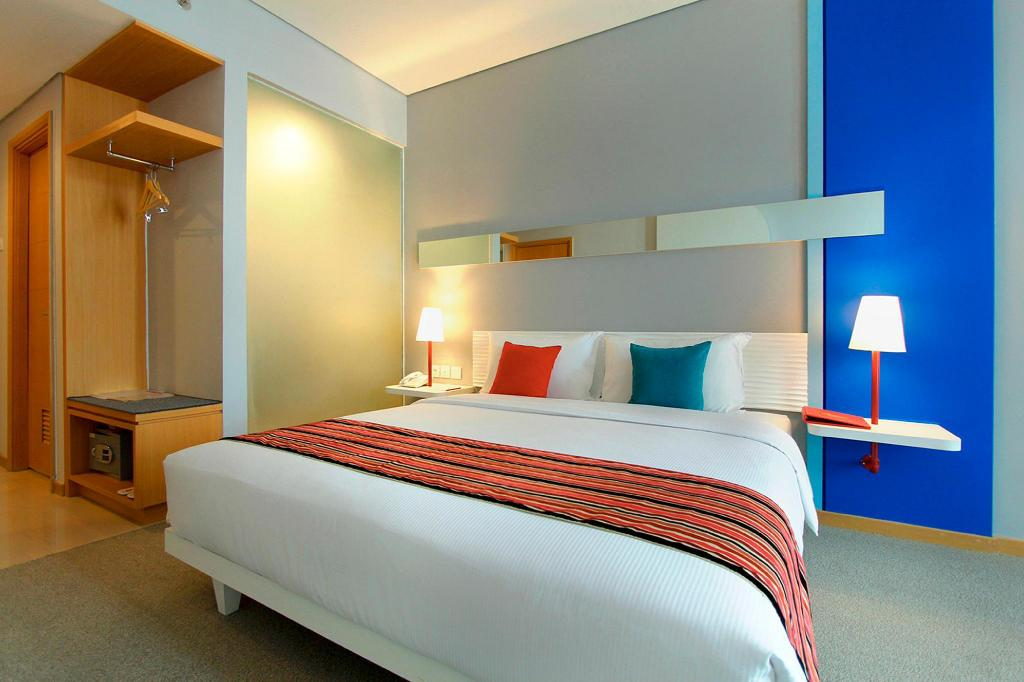 FOX Lite Hotel Metro Indah