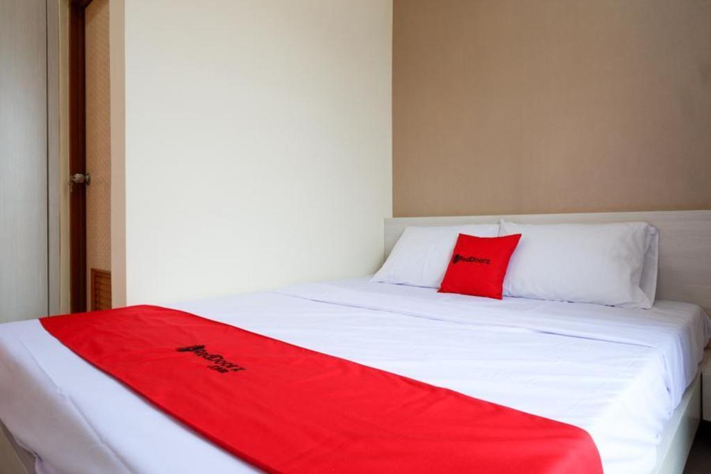 Fasilitas kamar RedDoorz near RSUD Margono Purwokerto 3