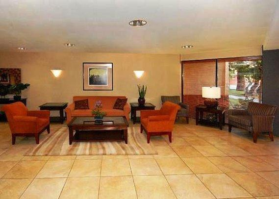 Quality Inn & Suites Downtown, Portimão