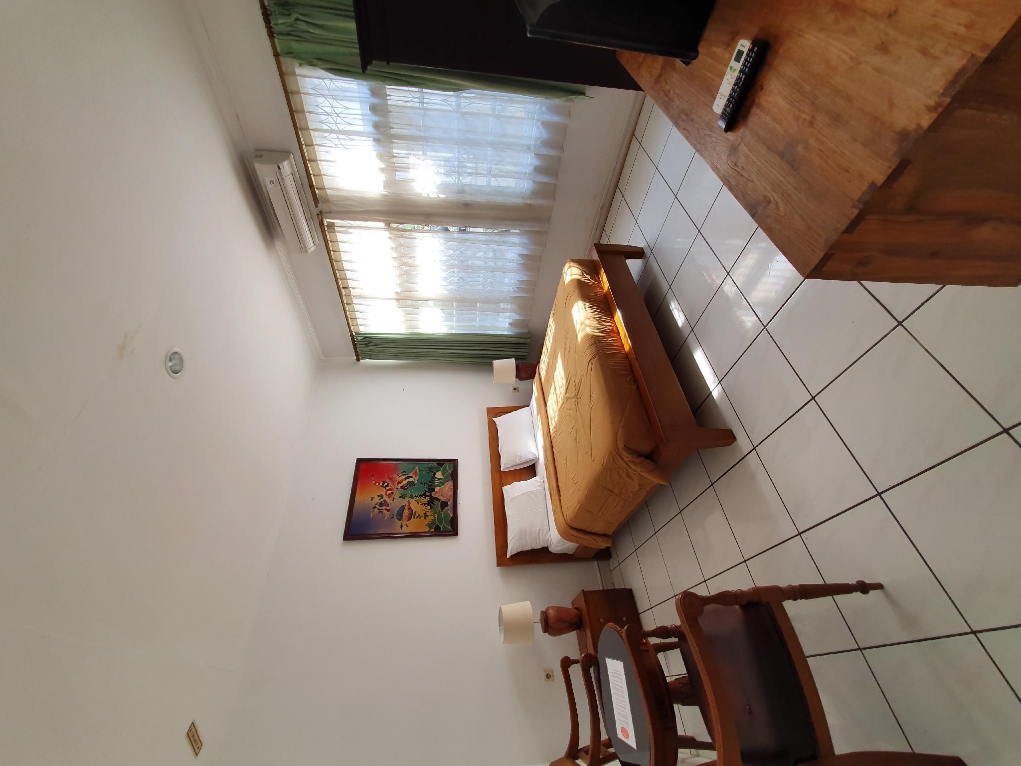 LA Rengganis, Bogor