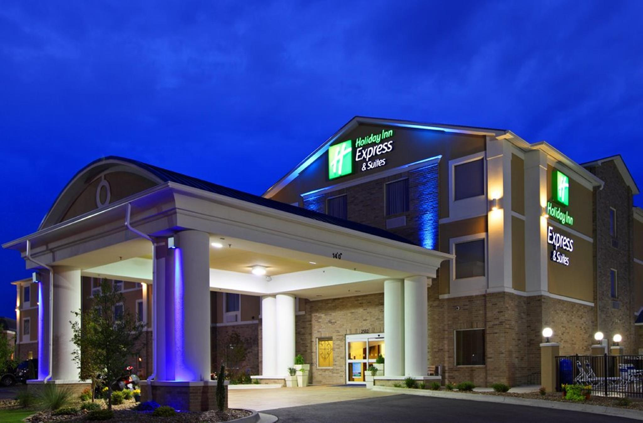 Holiday Inn Express & Suites Sandusky, Erie