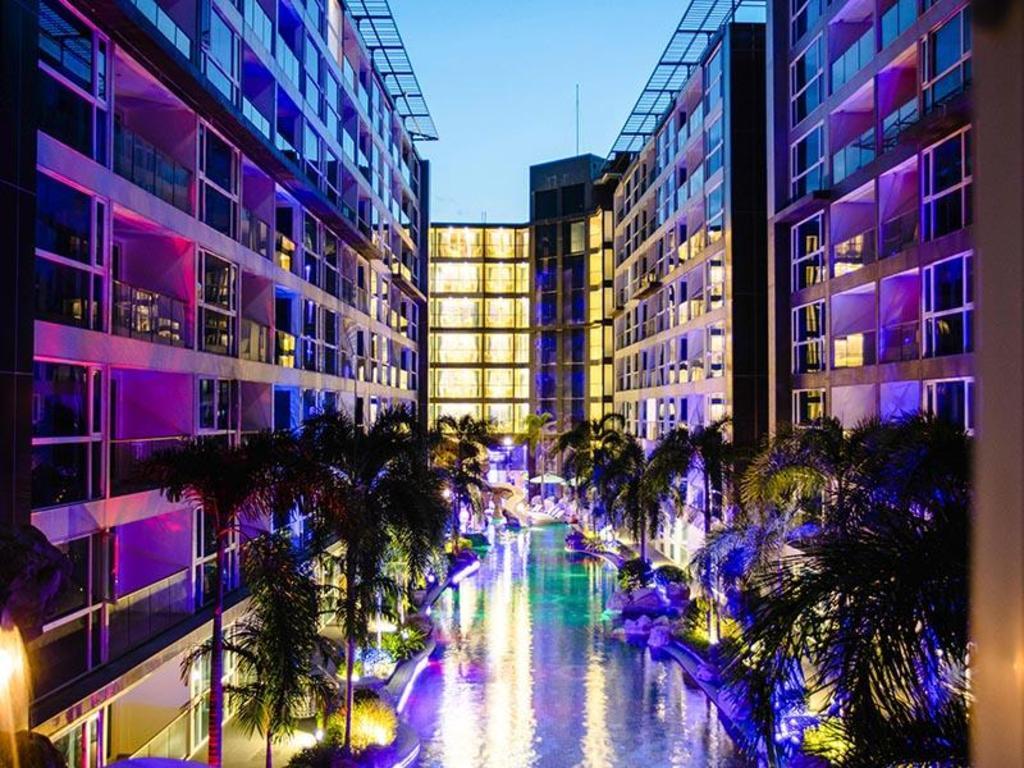 【 ホテル】センタラ アズール ホテル パタヤ(Centara Azure Hotel Pattaya)