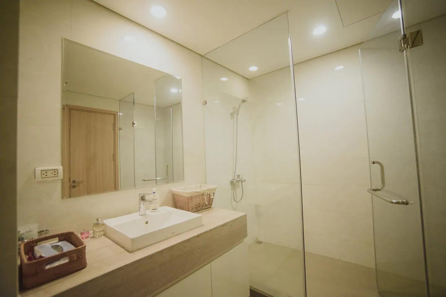 Bayhomes Mipec RiverSide Apartment , Long Biên