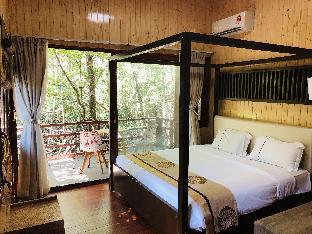 Gayang friendly water house homestay, Tuaran