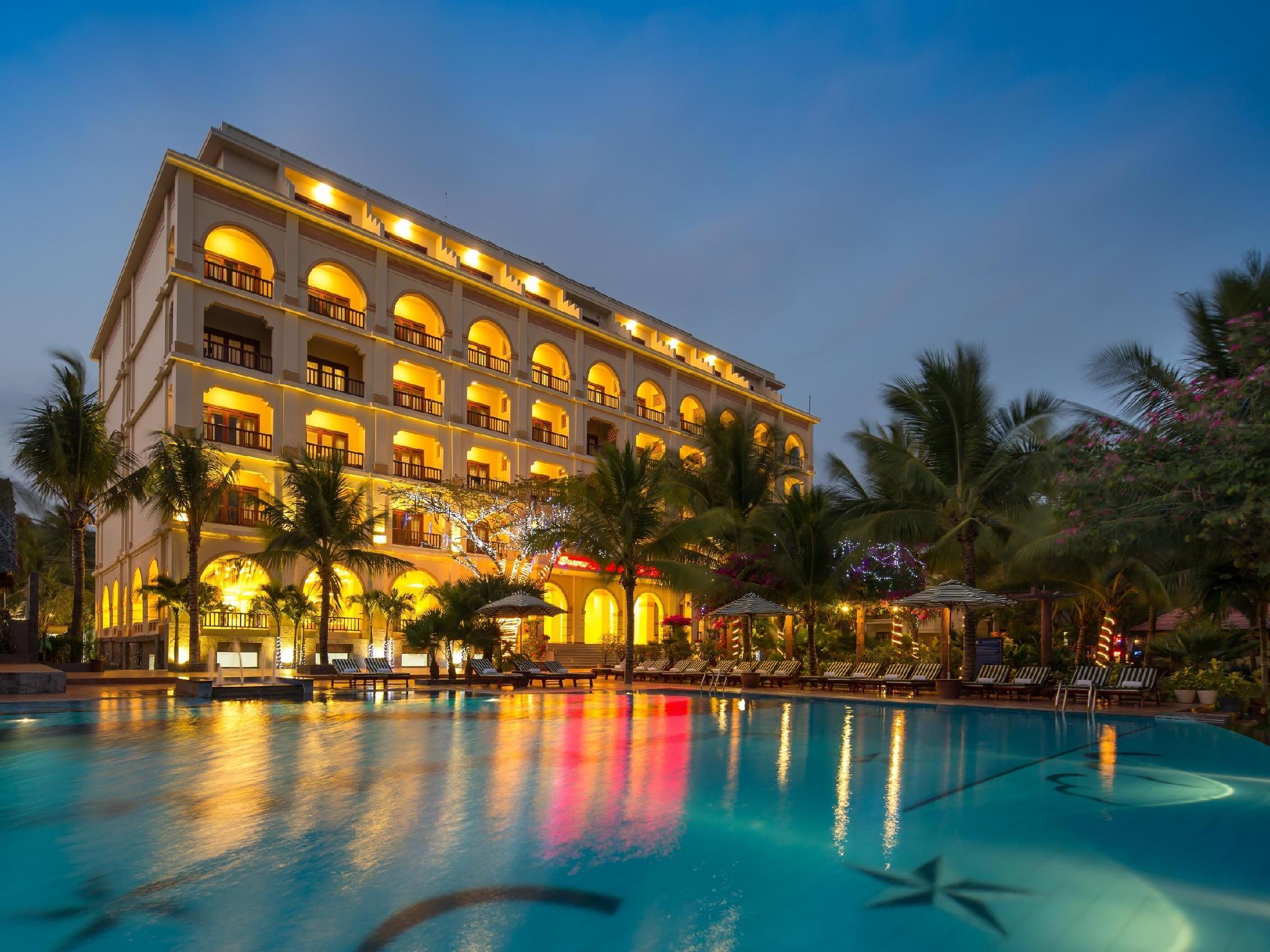 Khách Sạn Sunny Beach Mũi Né