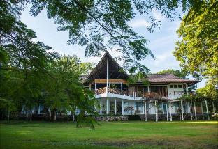巴霍科莫多生態飯店
