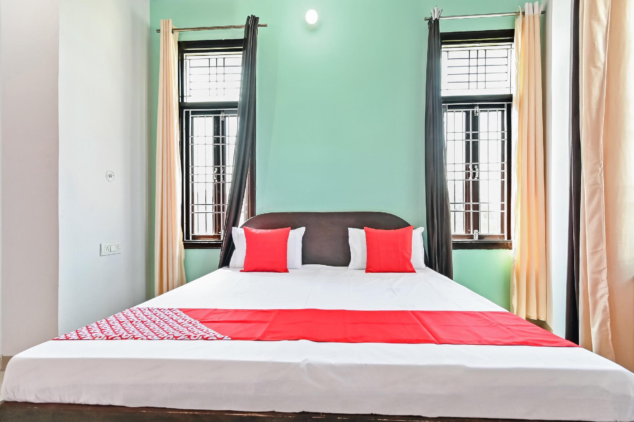 OYO 48423 Hotel Grace, Amroha