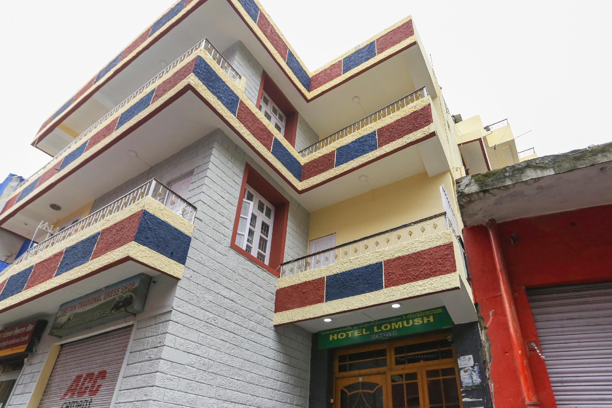 OYO 43902 Hotel Lomush, Mandi