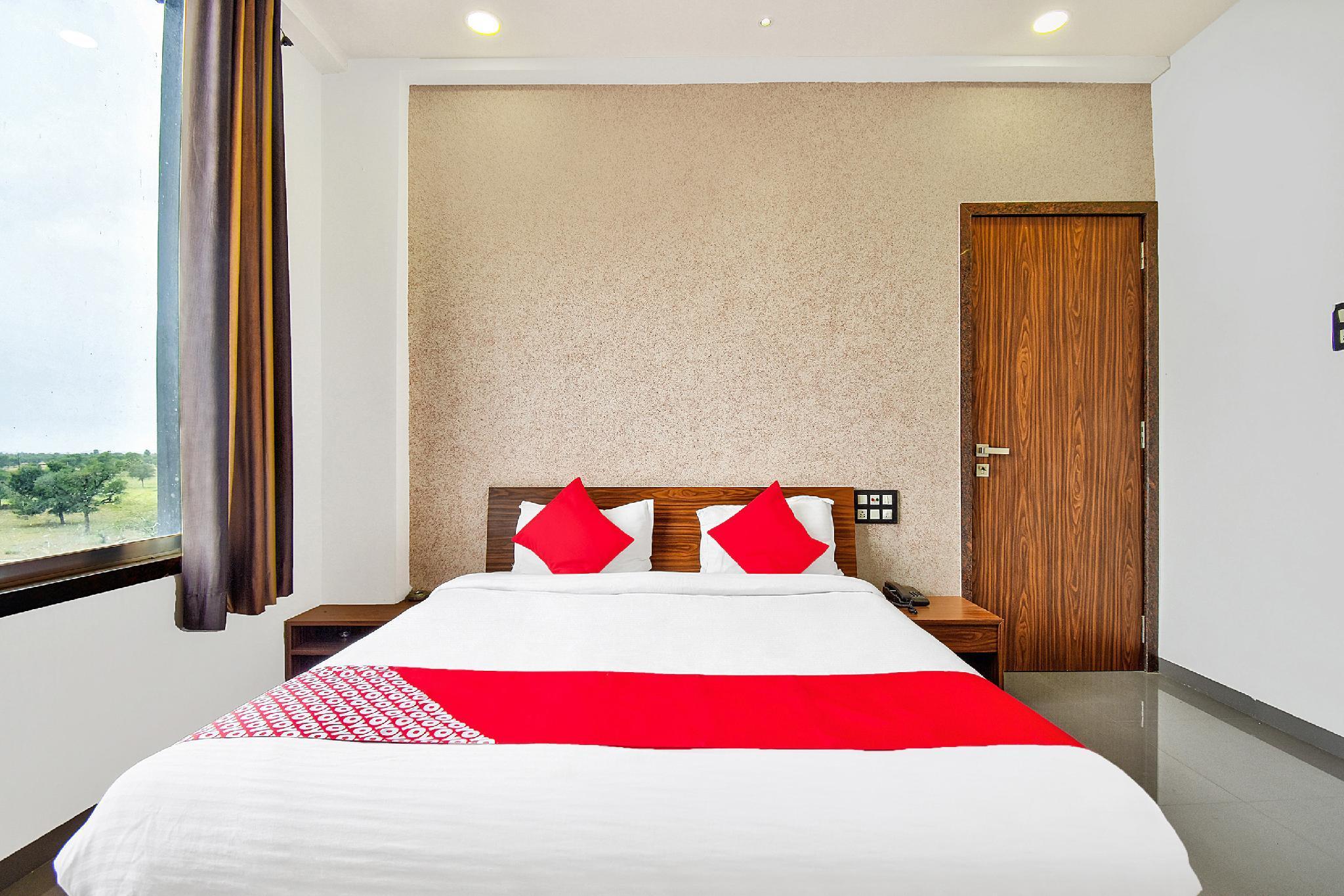 OYO 42980 Hotel Rahul Raj, Sikar