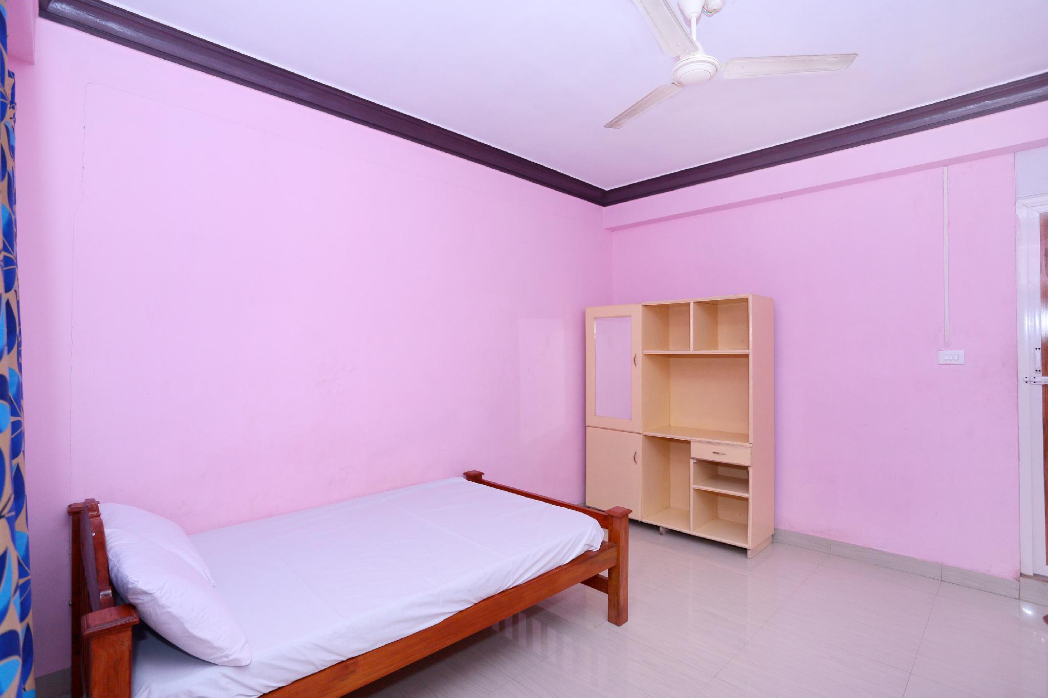 SPOT ON 60163 Hotel Royal Green, Kollam