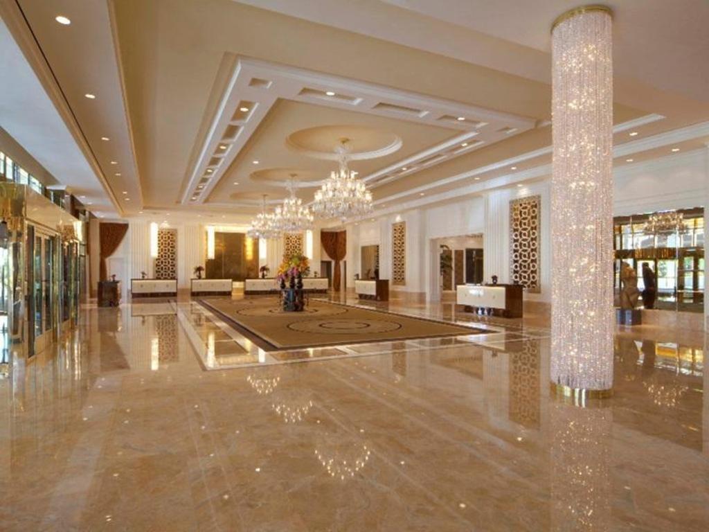 Best Price on Trump International Hotel Las Vegas in Las