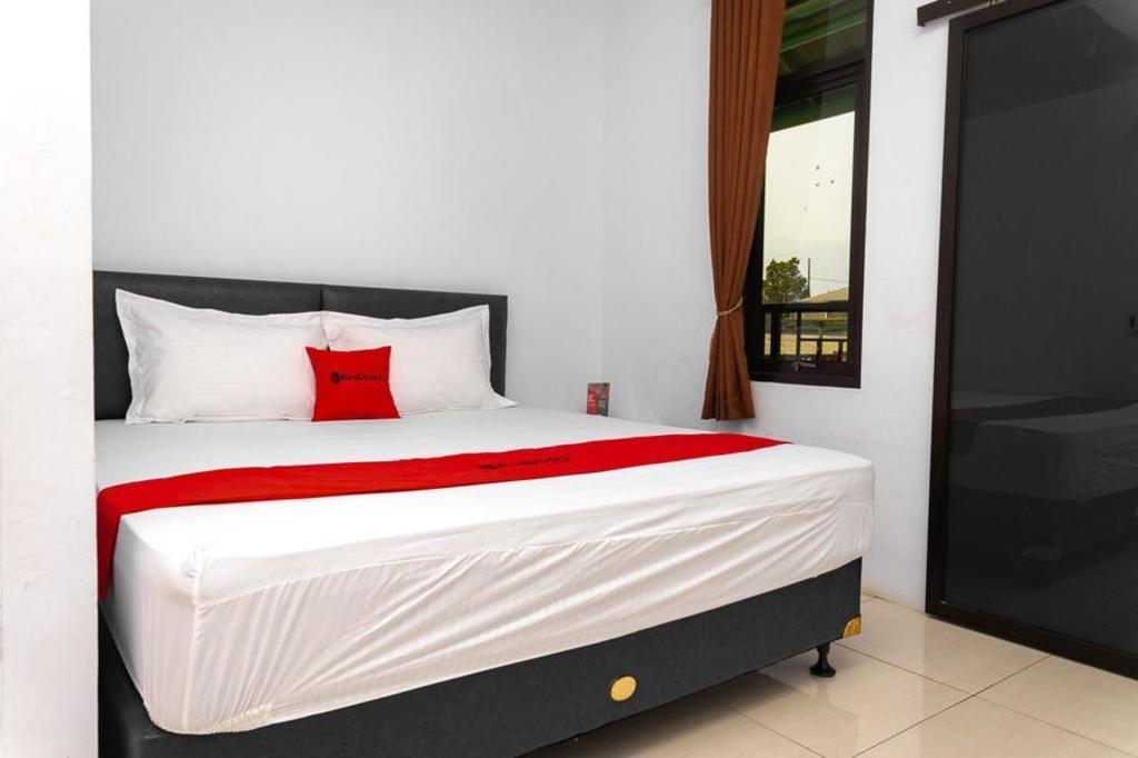 RedDoorz Resort Syariah @ Jaya Tirta Abadi