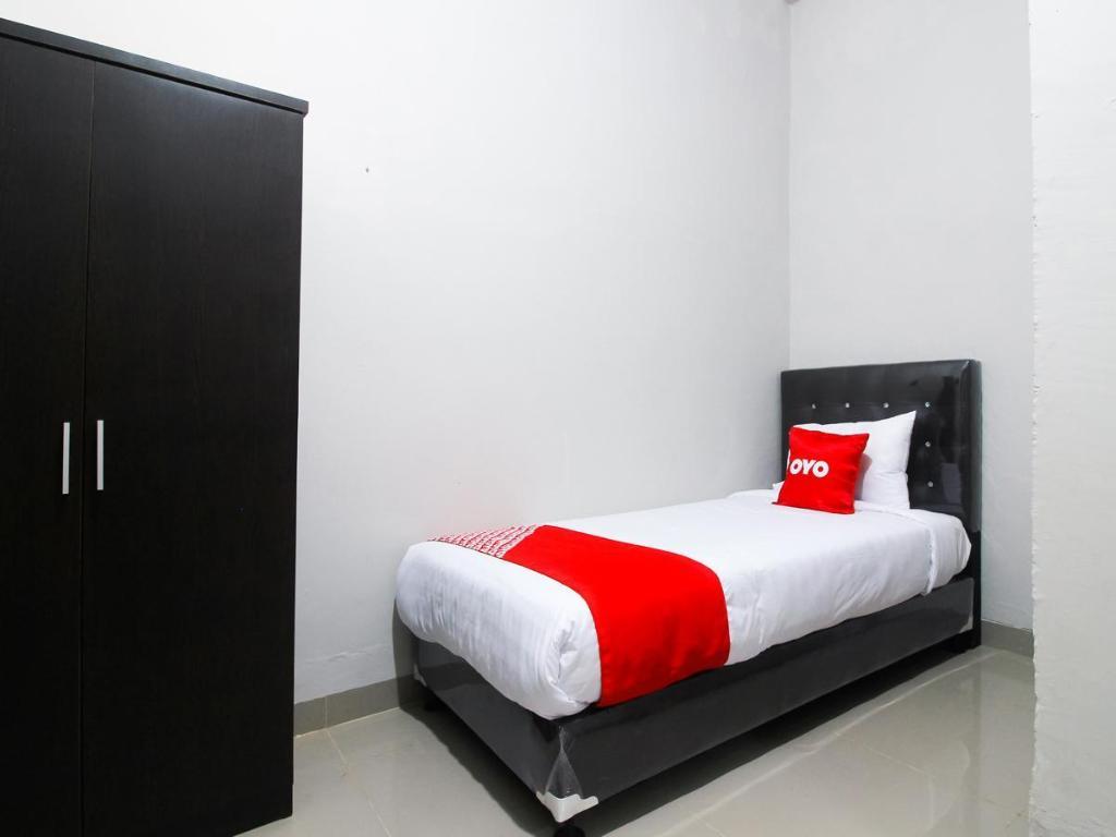 OYO 1653 Fajar Residence