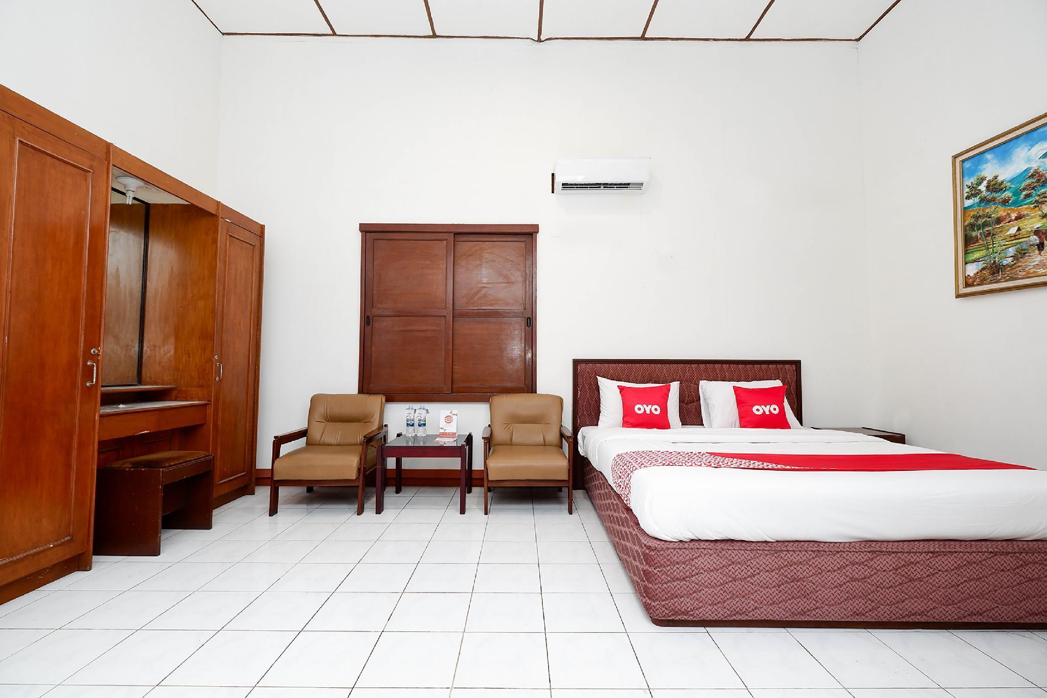 OYO 1644 Hotel Griya Kencana