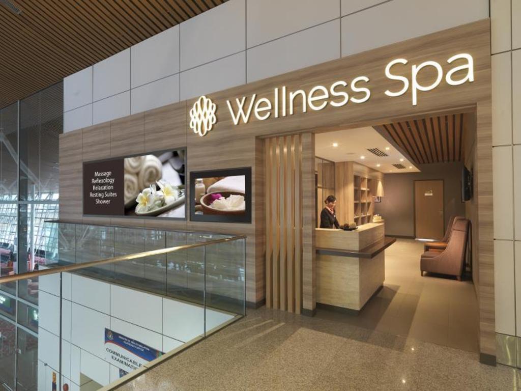 Best Price on Plaza Premium Lounge (Wellness Spa - KLIA