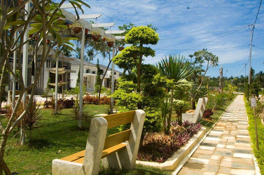 Golden Hawaii Villa Singkawang,Tujuh Belas