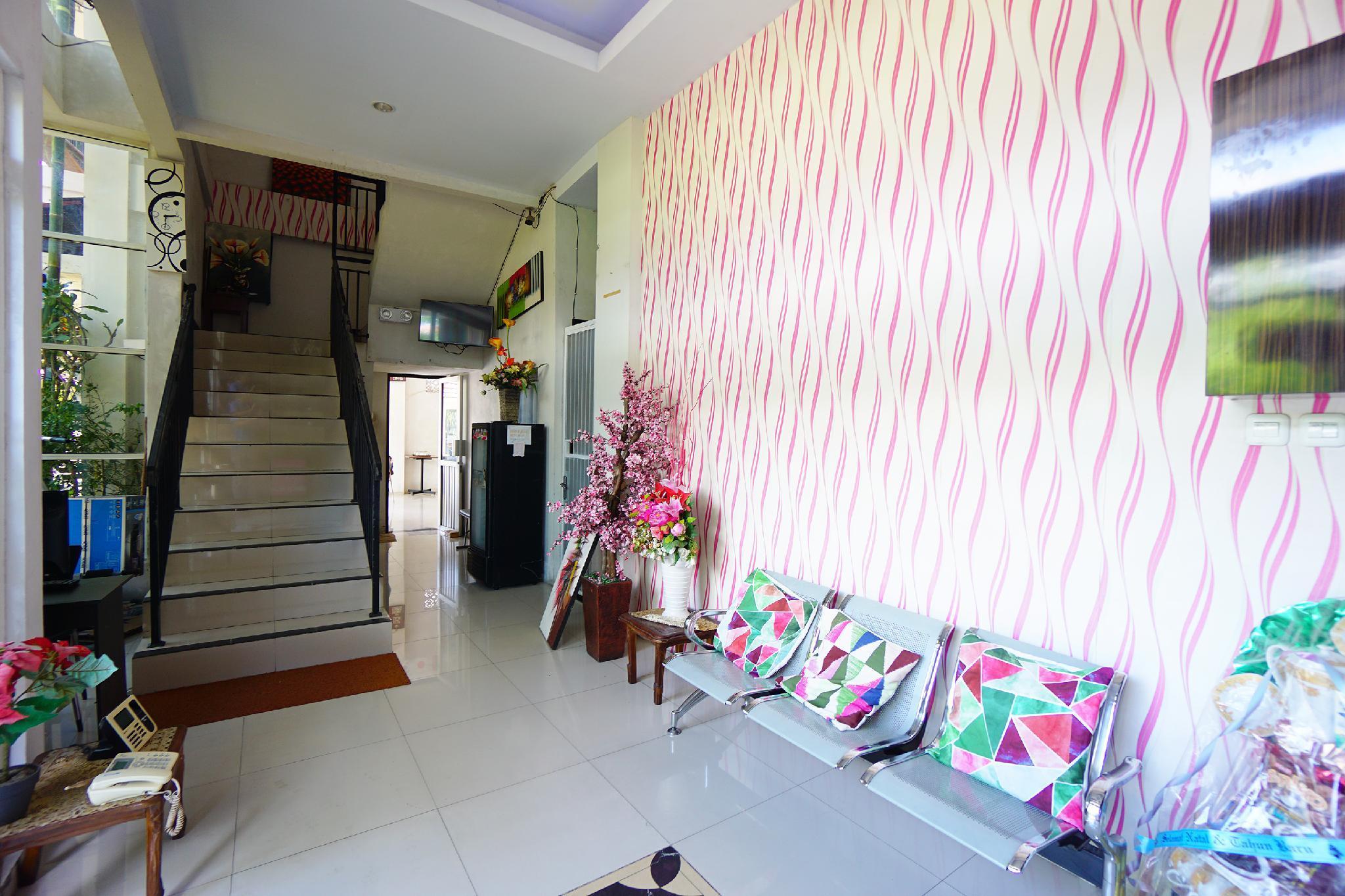 OYO 1236 Elite Residence