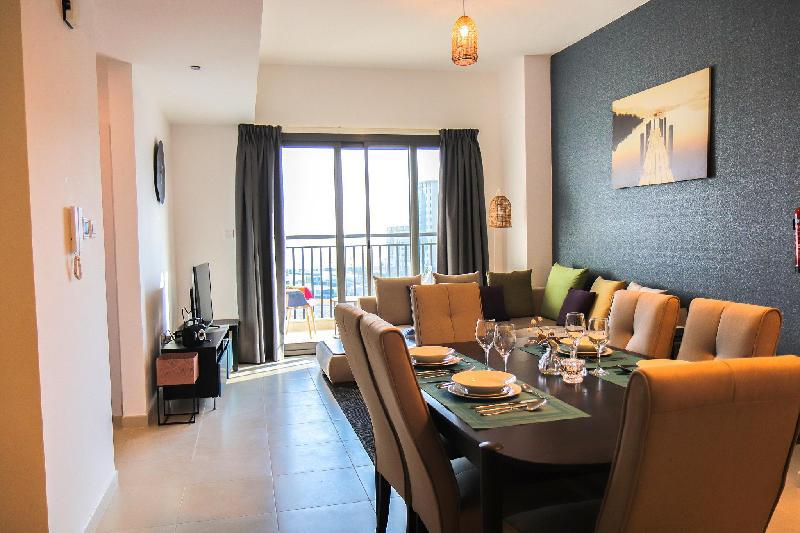 Brand New 1BHK in Hayat Boulevard Apartments in Dubai