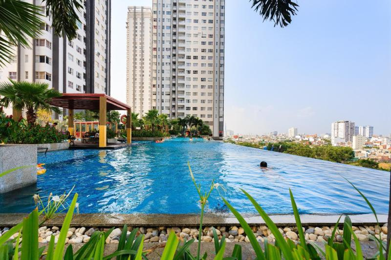 Sunrise City Luxury 2BR Infinity Pool 29th
