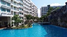 Maldives condo,Pattaya largest swim pool-pool view