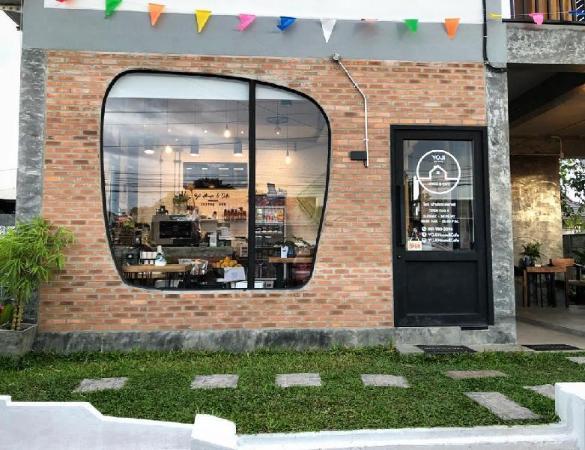 YOJI House & Cafe Lamphun