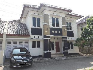 Krakatau Homestay Timoho - Yogyakarta City Center, Yogyakarta