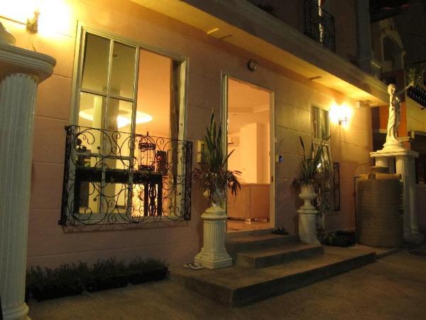 Family Room in Hua-Hin R1 Hua Hin