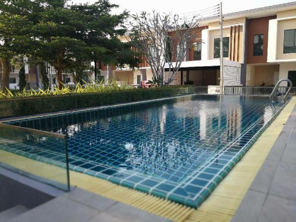 Cozy townhome lavalle town 3 Hua Hin