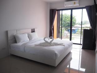 Jaokhun Apartment - Phuket