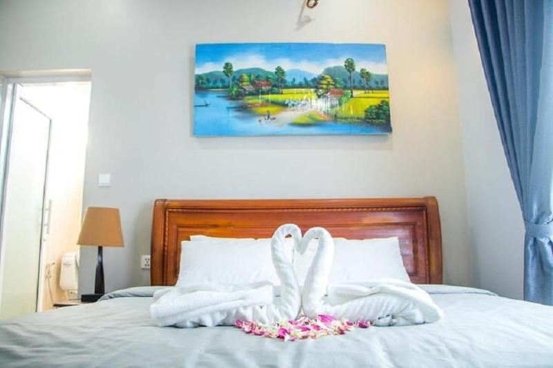 270 m² 5 phòng ngủ, 4 phòng tắm riêng ở Khu trung tâm Siem Reap