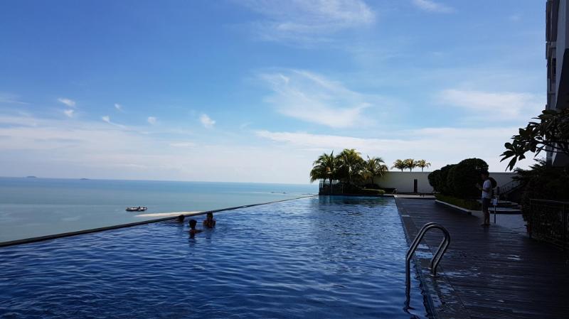 Luxury Condo A19+Infinity Pool/Melaka Town/Wifi