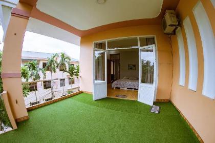 Nhà mặt đất 300 m² 1 phòng ngủ, 1 phòng tắm riêng ở Tran Phu