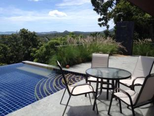 2BR Seaview Villa Laurenz - Koh Samui