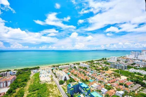 Dusit Grand Condo View Pattaya