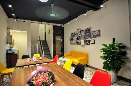 Chung cư studio 25 m² có 1 phòng tắm riêng ở Quận Hoàn Kiếm