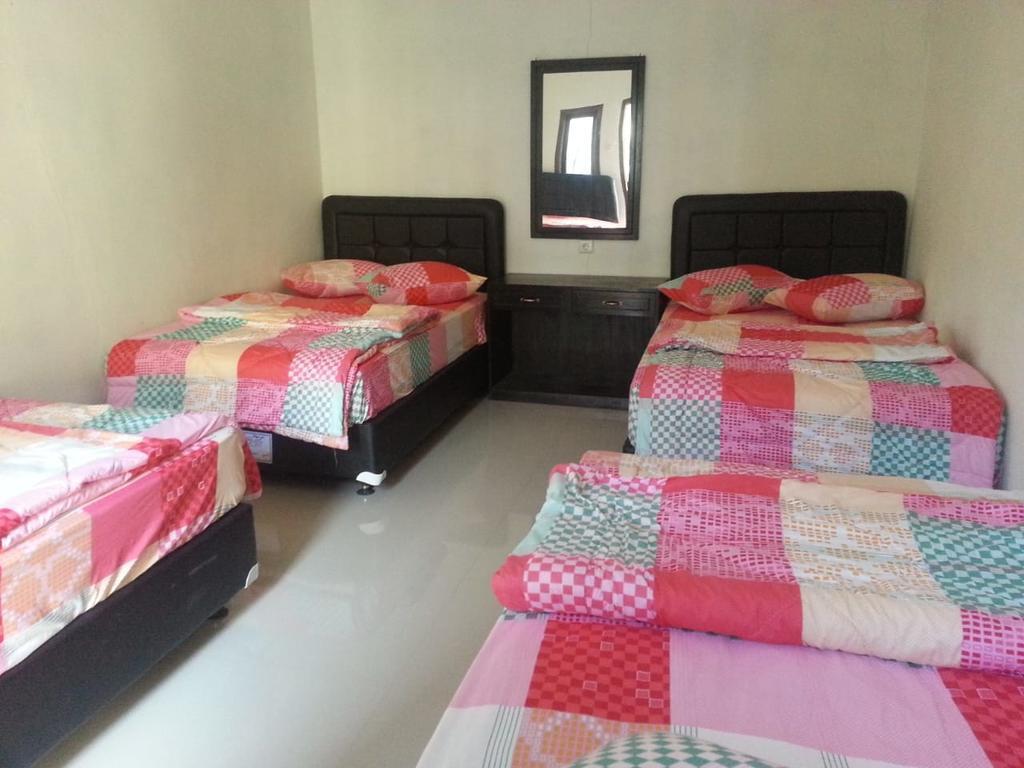 Bromo Bedroom 4 pax at Tosari Pasuruan 2