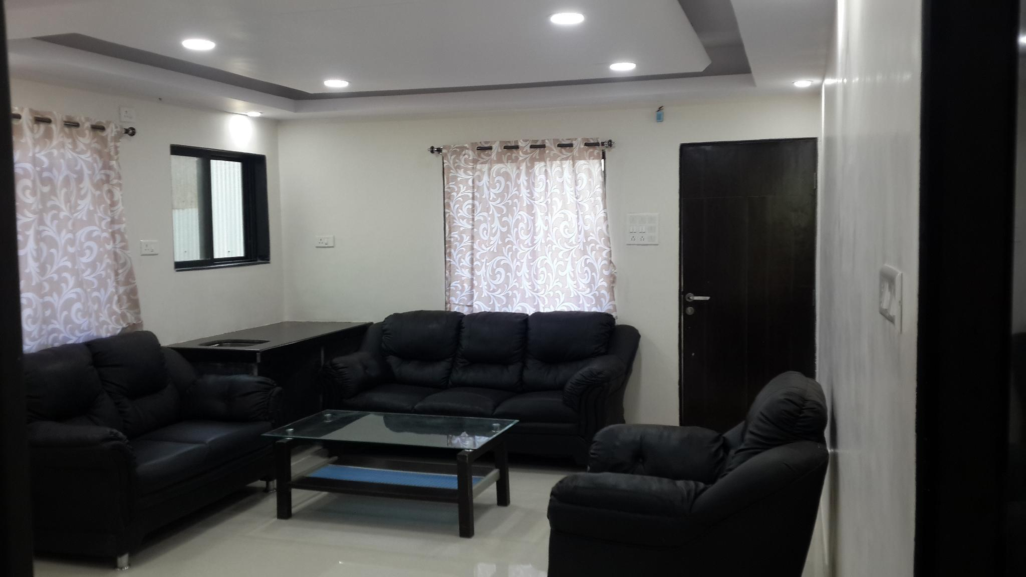 2BHK LUXURY AC FLAT