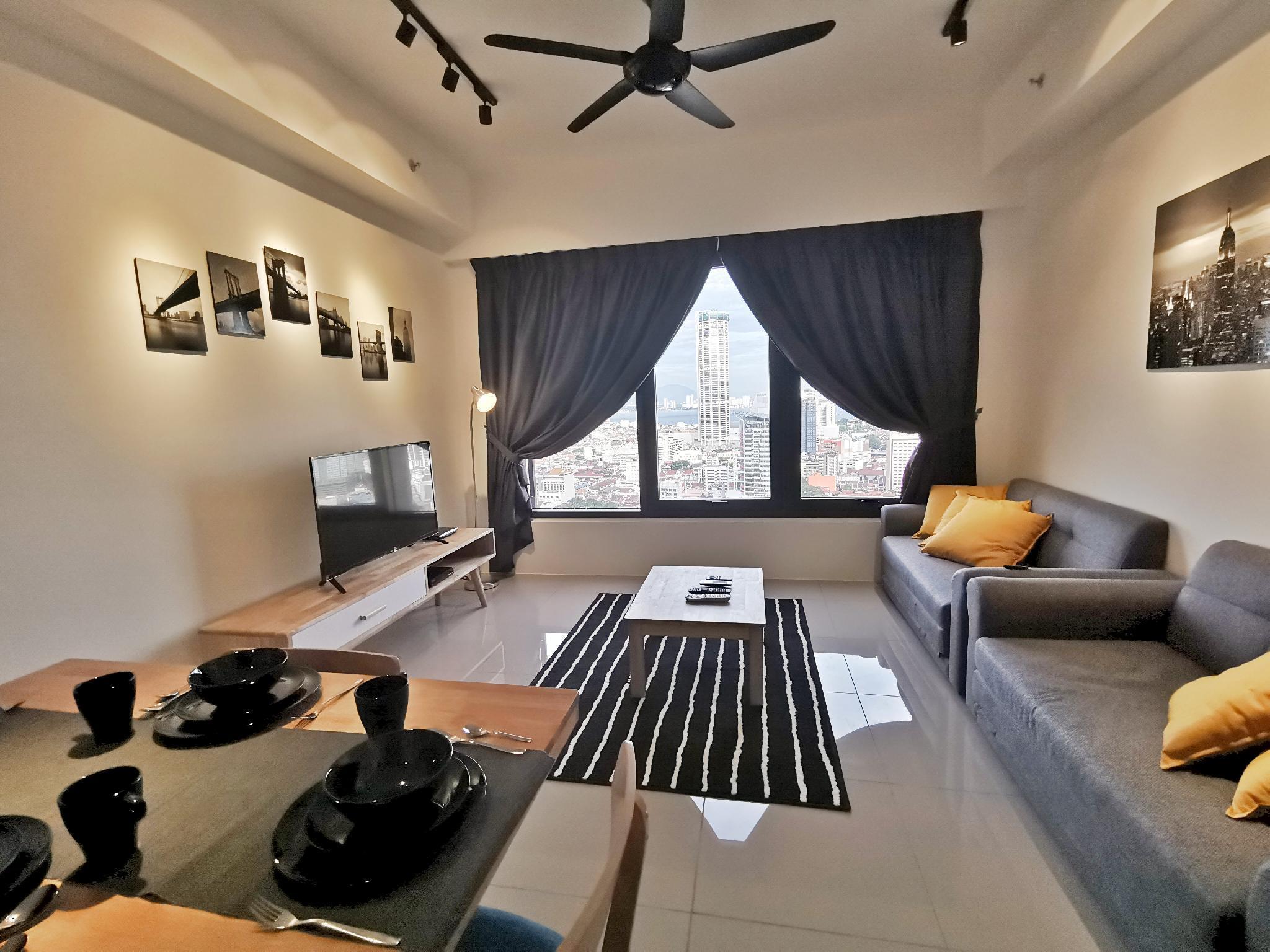 PinaHomies 2 Bedroom Suite @ Tropicana 218