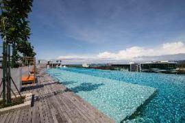 Levenue Suite 2 @ KKcity with Infinity Pool
