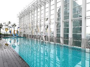 High Floor Suasana JB  2203 with Balcony + WiFi, Johor Bahru