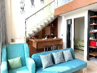 Royal Luxurious Art Deco Penthouse with Jacuzzi, Bandung