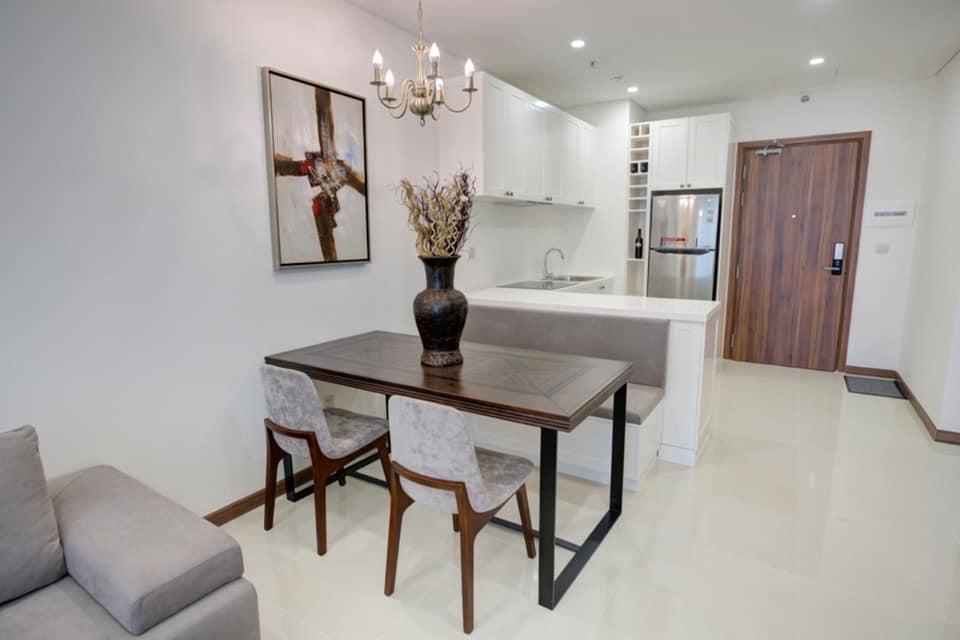 Luxury apartment in Dist 10 , 1 BR