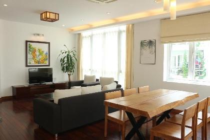 Chung cư 100 m² 2 phòng ngủ, 2 phòng tắm riêng ở Quận Tây Hồ
