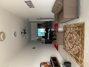 반다르 인데라 마코타의 프라이빗 하우스 (1875m², 침실 3개, 프라이빗 욕실 2개)