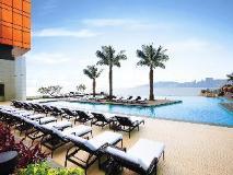 MGM Macau: swimming pool