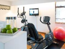 J Plus Hotel by YOO: fitness room