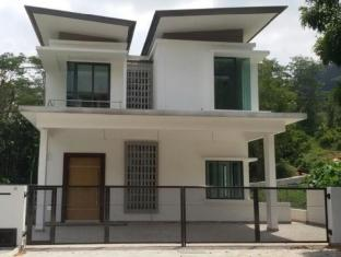 Templer Villas Holiday Home