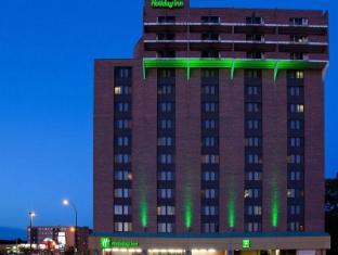 Holiday Inn Winnipeg-Airport West Hotel